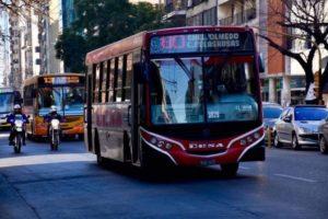 Más trabajadores acceden al boleto gratuito en el transporte público