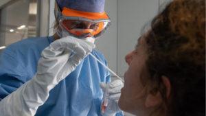Son 34 los muertos por coronavirus y hay 72 pacientes en terapia intensiva