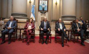 La Corte habilitó la feria para tratar el pedido hecho por CFK de sesiones virtuales en el Senado