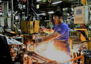La producción de las pymes industriales cayó 28,8% en marzo
