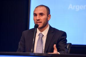 El ministro de Economía insistió en que no habrá otra oferta de canje de deuda
