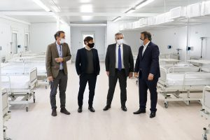 Fernández  recorrió el nuevo Hospital Modular de Emergencia de Almirante Brown