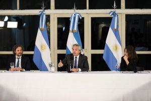"""Al encabezar el anuncio de «Argentina Construye», Fernández llamó a construir """"una sociedad que integre a todos»"""