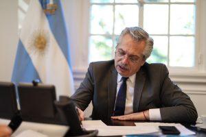 Tras renovar su crítica contra los «voceros de la apertura económica», Fernández instó a seguir el aislamiento