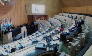 El arco opositor en la Unicameral demanda la designación de docentes suplentes