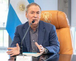 «Todavía hay sectores que debemos seguir cuidando», afirmó Schiaretti, en medio del aislamiento y el reclamo de flexibilización