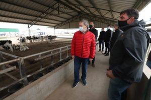 Schiaretti valoró el trabajo del campo y el complejo agroalimentario durante la cuarentena