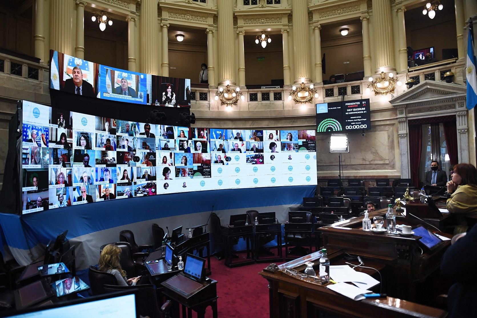 Sesión caliente: La oposición pegó el «portazo virtual» y el oficialismo rechazó DNU de Macri y aprobó «superpoderes» a Cafiero