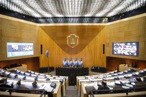 Con el apoyo de JxC, el oficialismo sancionó la ley de reperfilamiento de la deuda pública