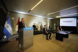 Schiaretti anunció un paso más en la flexibilización de la cuarentena: abren shoppings, agencias de publicidad, y de viajes