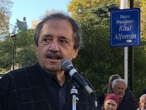 Alfonsín criticó a la UCR por el silencio ante el supuesto espionaje de la AFI macrista
