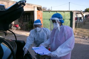 Ante nuevos casos detectados de Covid-19, el COE estableció cordones sanitarios en Villa El Libertador y en Remedios de Escalada