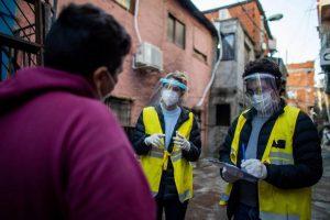 Seis muertos y 184 nuevos casos reportados en barrios vulnerables porteños