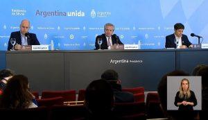 Tras el anuncio de Fernández, se miran las «dos Argentinas» que generó la pandemia