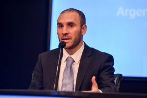 Guzmán confirmó que el Gobierno trabaja en una enmienda a la oferta de deuda