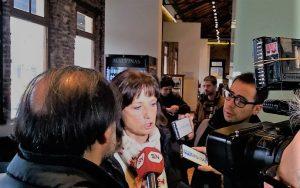 Dirigente de izquierda apuntó contra Kicillof por «defender el mercado» en medio del salto en infectados
