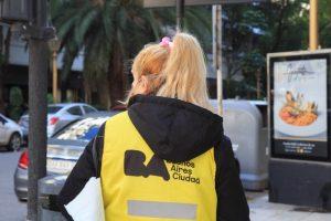 Voluntarios de la Ciudad concientizan sobre prevención del COVID-19