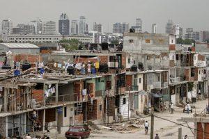 Barrios populares: la falta de agua potable y el hacinamiento, dos de los mayores obstáculos para afrontar la pandemia