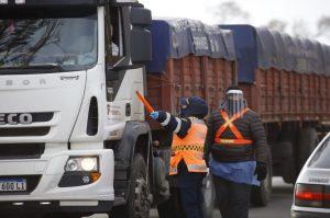 Son 16 las rutas habilitadas para ingresar a Córdoba, bajo estrictos controles