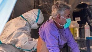 Nuevo pico de contagios: se registraron 5.782 casos y hubo 98 muertes por Covid-19