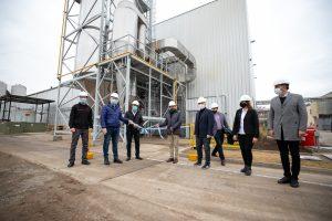 «Es un símbolo de lo que se puede hacer si hay energía», destacó Schiaretti, sobre la nueva planta de Porta