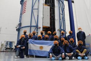 SAOCOM 1B: tras los ensayos con «buenos resultados», se empezó a trabajar en la integración del satélite al lanzador Falcon 9
