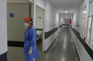 Ya son 18 los casos positivos entre el personal de salud del Hospital Rawson