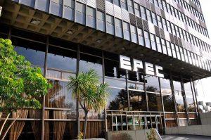 Opositores volvieron a la carga por las facturas impagables de EPEC