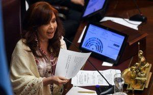 CFK afirmó que la toma de tierras por vivienda «no es una cuestión populista»