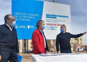 Schiaretti y Llaryora se mostraron juntos en la inauguración del nuevo desagüe en barrio Smata II