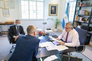 En su conversación con Fernández, Rutte comprometió su ayuda para que la Argentina alcance un acuerdo con el FMI