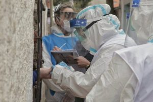 Confirman 423 muertes y 18.326 nuevos contagios por Covid-19 en la Argentina