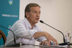 El gobernador Suárez aseguró que Mendoza no acatará el regreso a Fase 1