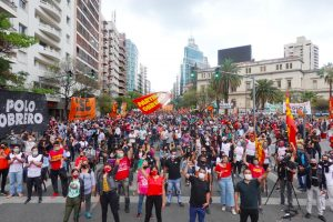 Masivo acto del Partido Obrero (FIT) con duras críticas a los gobiernos nacional y provincial