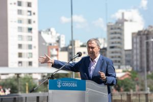 Córdoba contará con 2,7 millones de vacunas para toda la población adulta