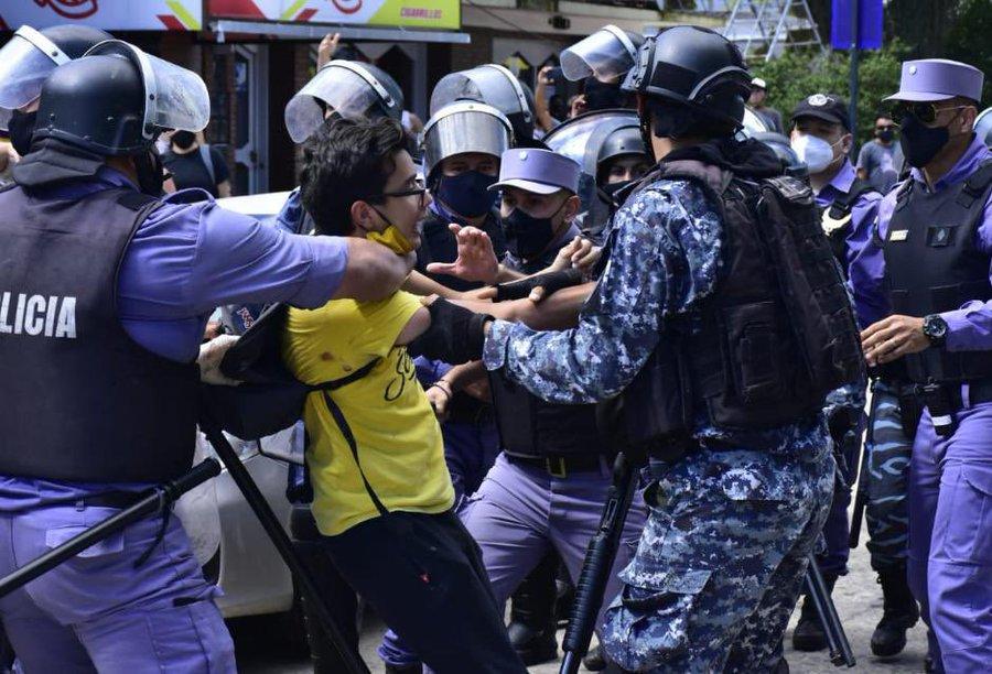 formosa-represion-policial-1